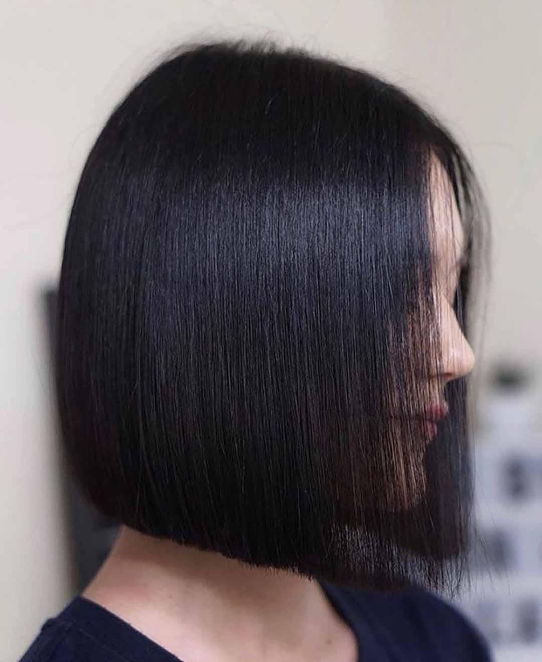 Cтрижка каре на короткие волосы без челки