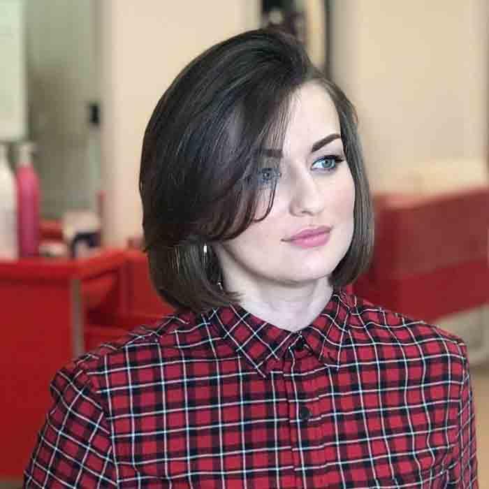 Короткая стрижка для женщин с круглим лицом после 25 лет