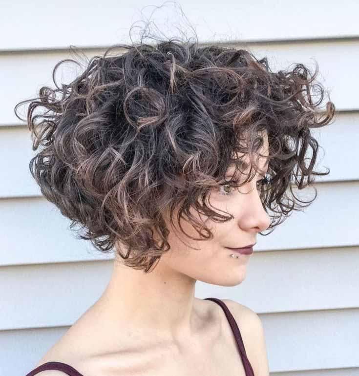 Стрижка боб на короткие кудрявые волосы