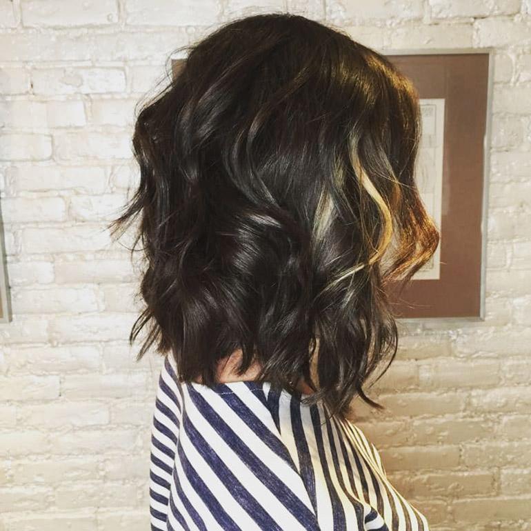 Шегги стрижка на средние волосы