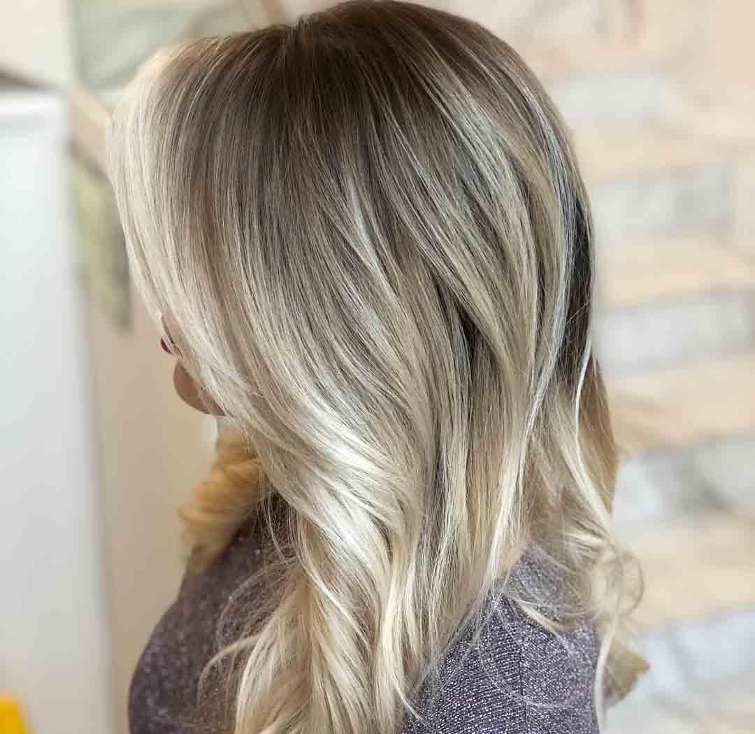 стрижка лесенка вид сзади на средние волосы