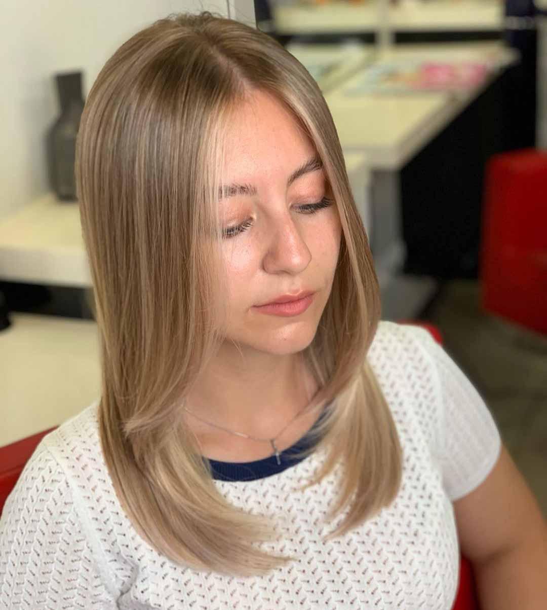 стрижка лесенка на средние тонкие волосы