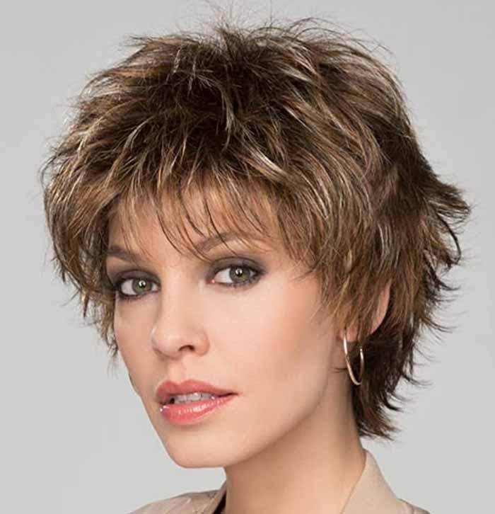 Итальянка на короткие волосы с челкой