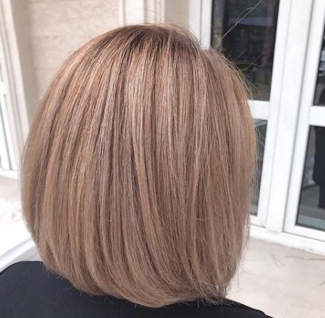 Объемная укладка стрижки каре на средние волосы