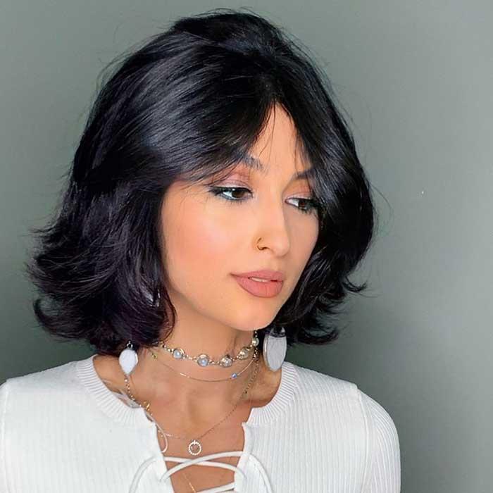 стрижка каприз на средние волосы