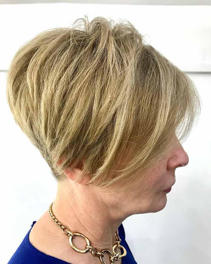Стрижка пикси для женщин за 50 лет для густых волос