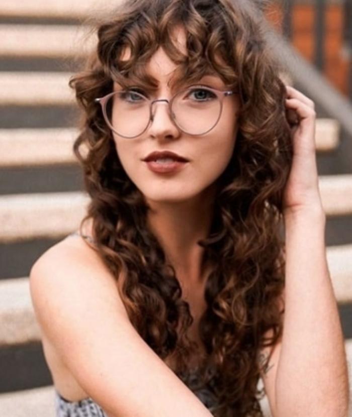 Стрижка шегги на длинные волнистые волосы