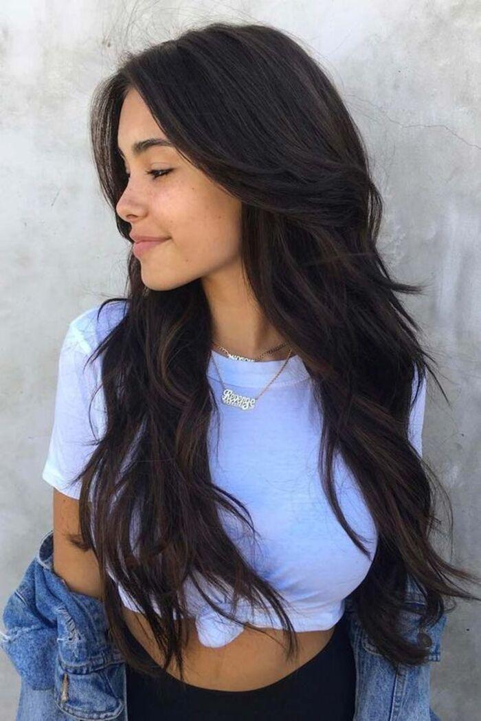 Стрижка шегги на длинные волосы без челки